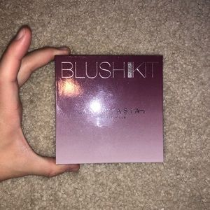 ANASTASIA BEVERLY HILLS: BLUSH KIT GRADIENT